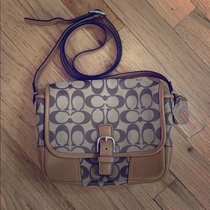 Small Coach Brand Crossbody Bag